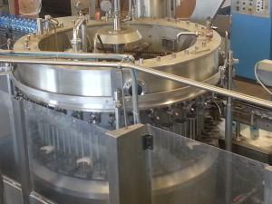 Филер (розлив) Tekal 36 наливных клапанов. Производительность 4500 бутылок в час