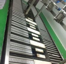 Лотки перемещения бочек на автоматической линии розлива